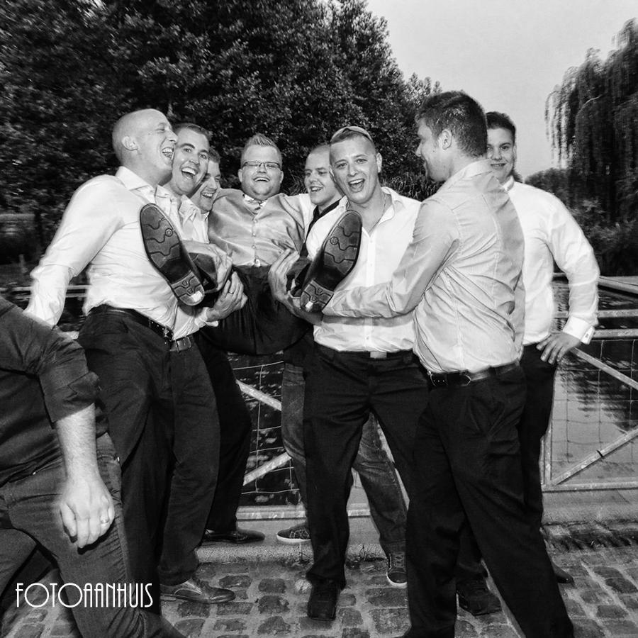 Huwelijksreportage bij fotoaanhuis te Waregem (tussen Gent en Kortrijk)Huwelijksreportage bij fotoaanhuis te Waregem (tussen Gent en Kortrijk)