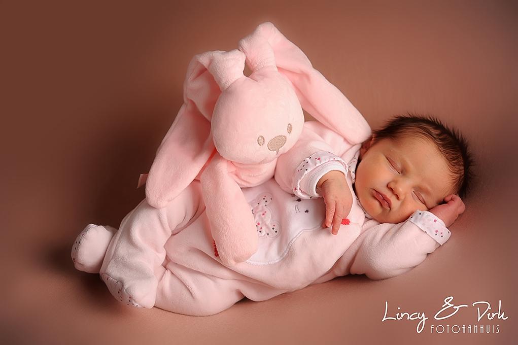 baby newbornfotograaf Waregem - tussen Gent en Kortrijk