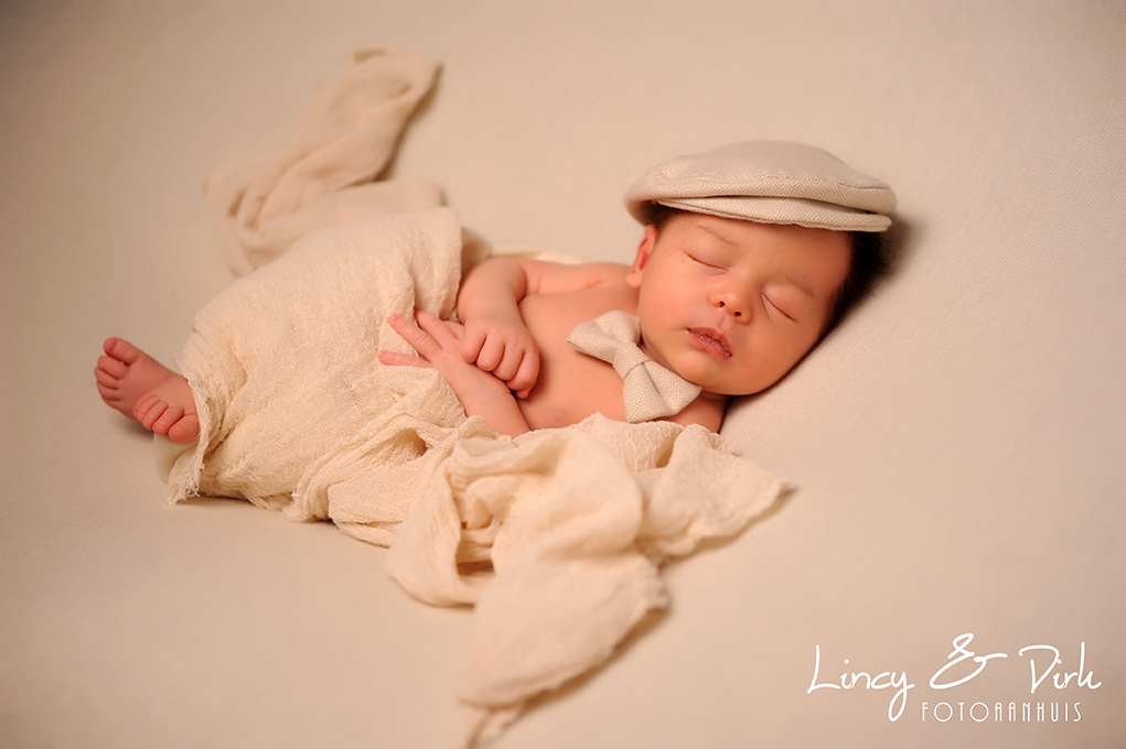 Newborn baby fotoshoot Deerlijk - Harelbeke - Waregem