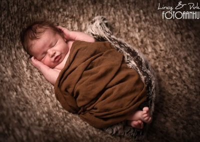 newborn baby fotoshoot Oudenaarde