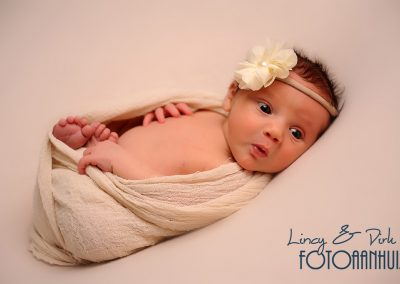 newborn baby fotoshoot West-Vlaanderen